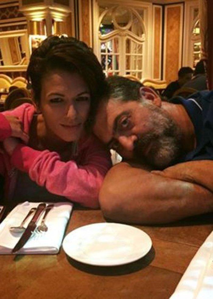 Ο πρωταγωνιστής του Μπρούσκο κάνει ερωτική εξομολόγηση στη γυναίκα του!