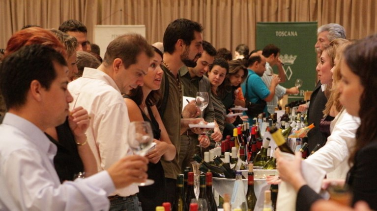 cellier-wine-fair-2015-oles-oi-methustikes-geuseis-sto-potiri-sas