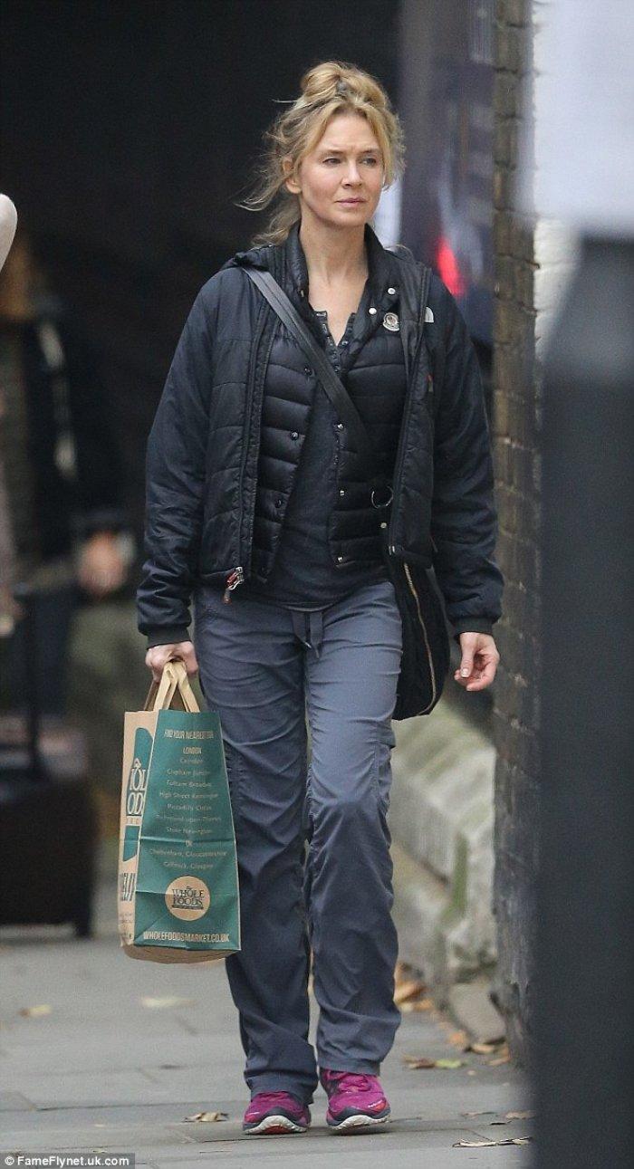 Η Ρενέ Ζελβέγκερ στις 10 Σεπτεμβρίου, στο Λονδίνο, λίγο πριν το γύρισμα.