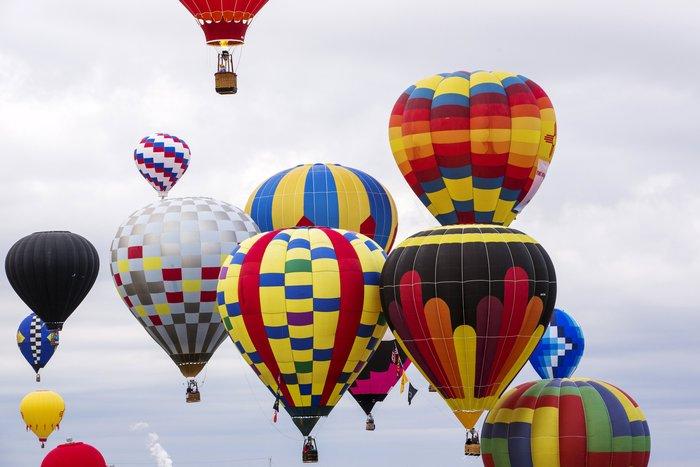 Γιορτή από πρωτότυπα αερόστατα στις ΗΠΑ. Απλά υπέροχη!