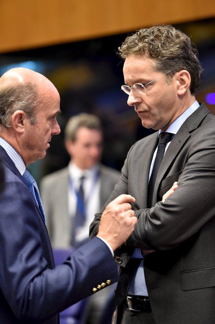 Eurogroup: Πρώτα τα μέτρα, μετά δόσεις,αξιολόγηση και ανακεφαλαιοποίηση - εικόνα 2