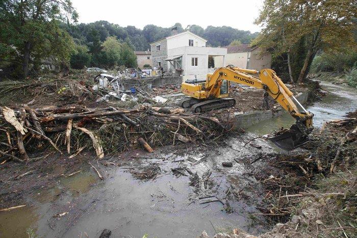 Εικόνες καταστροφής στη Γαλλική Ριβιέρα μετά από τις πλημμύρες - εικόνα 7