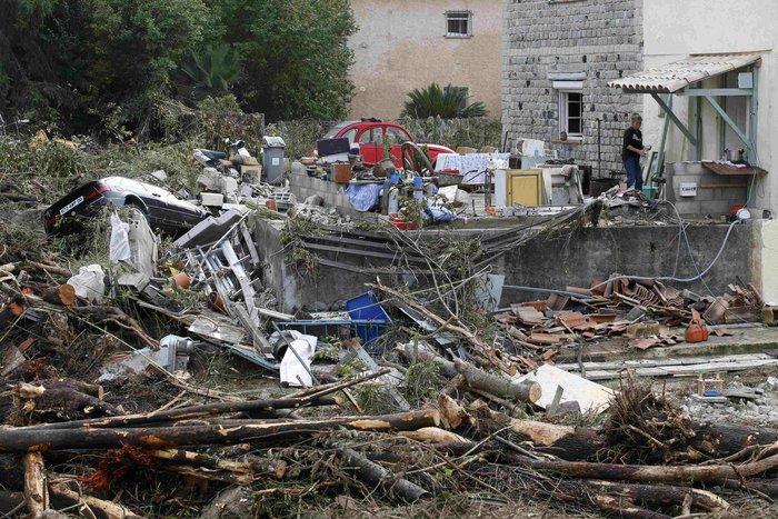 Εικόνες καταστροφής στη Γαλλική Ριβιέρα μετά από τις πλημμύρες - εικόνα 8
