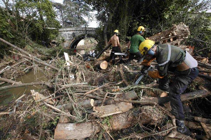 Εικόνες καταστροφής στη Γαλλική Ριβιέρα μετά από τις πλημμύρες - εικόνα 9