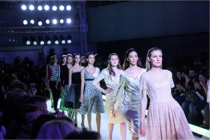AXDW: Οι νέες τάσεις της μόδας δια χειρός 41 σχεδιαστών και brands μόδας