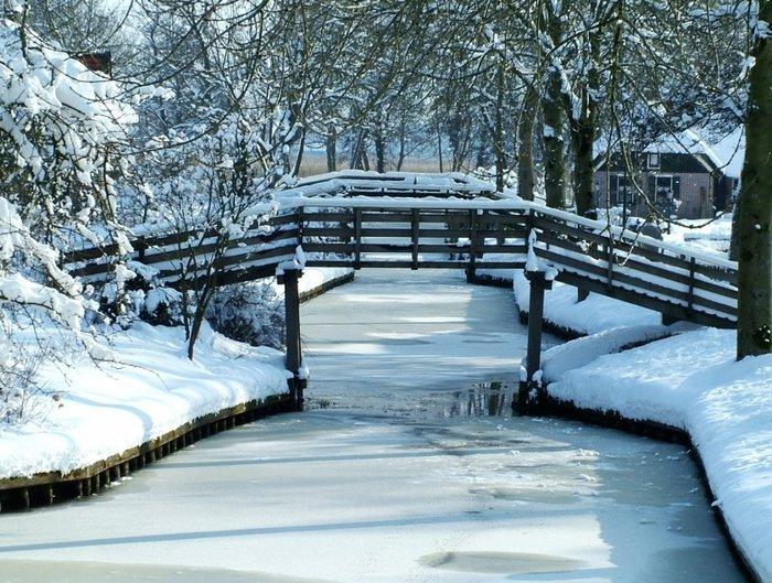 Μαγικό χωριό χωρίς δρόμους στην Ολλανδία μοιάζει βγαλμένο από παραμύθι - εικόνα 13