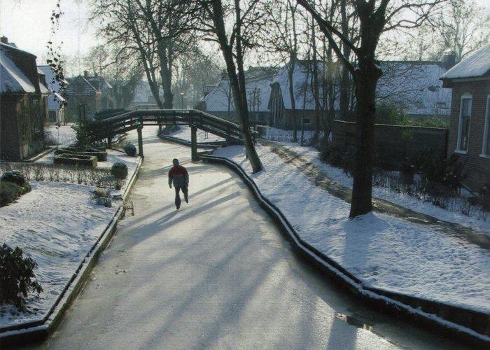 Μαγικό χωριό χωρίς δρόμους στην Ολλανδία μοιάζει βγαλμένο από παραμύθι - εικόνα 14