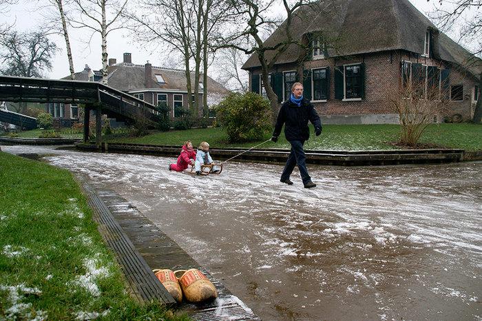 Μαγικό χωριό χωρίς δρόμους στην Ολλανδία μοιάζει βγαλμένο από παραμύθι - εικόνα 12