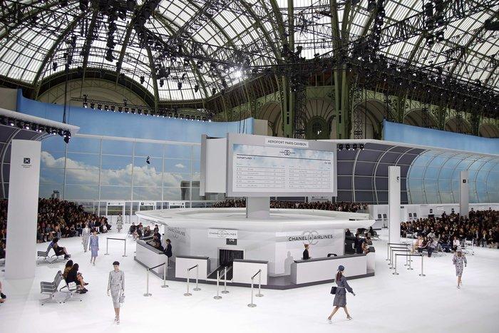 Η μεταμόρφωση του Grand Palais σε αεροδρόμιο