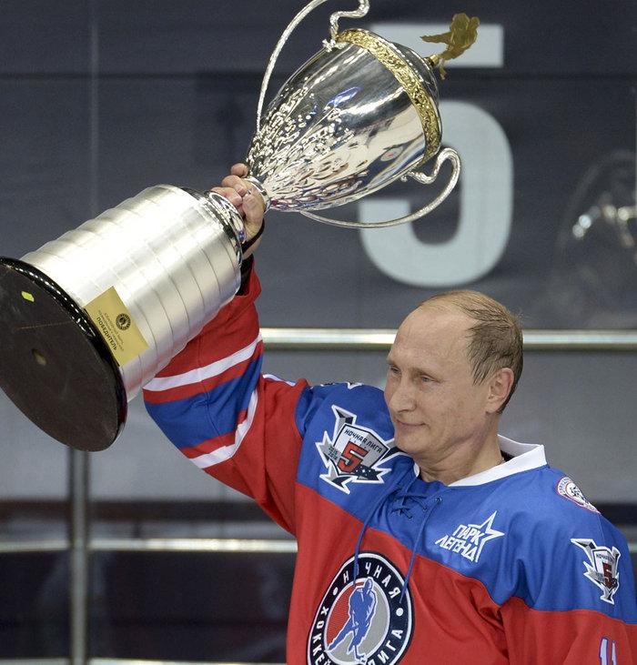Σκοράροντας... γιόρτασε τα γενέθλιά του ο Πούτιν