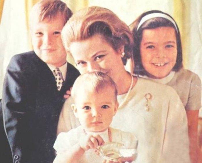 Στεφανί του Μονακό: Πώς ξεπέρασα τον θάνατο της μητέρας μου, Γκρέις Κέλι
