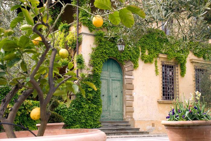 Ξενάγηση στο ειδυλλιακό «παλάτι» του Στινγκ στην Τοσκάνη - εικόνα 8