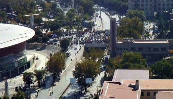 Μακελειό από έκρηξη στην Τουρκία, 95 νεκροί, 48 χαροπαλεύουν - εικόνα 7
