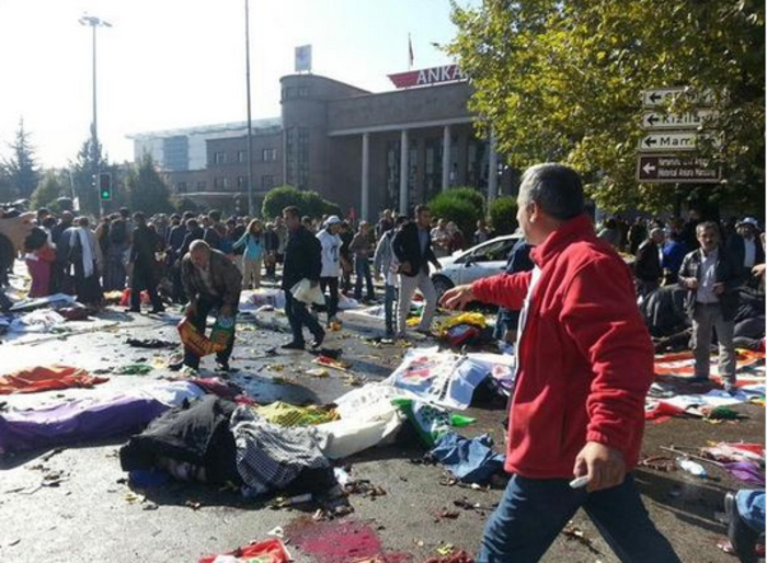 Μακελειό από έκρηξη στην Τουρκία, 95 νεκροί, 48 χαροπαλεύουν - εικόνα 10