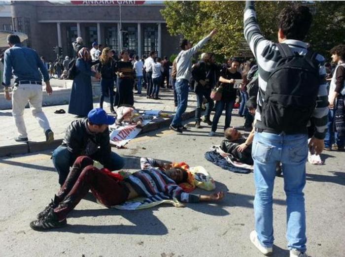 Μακελειό από έκρηξη στην Τουρκία, 95 νεκροί, 48 χαροπαλεύουν - εικόνα 11