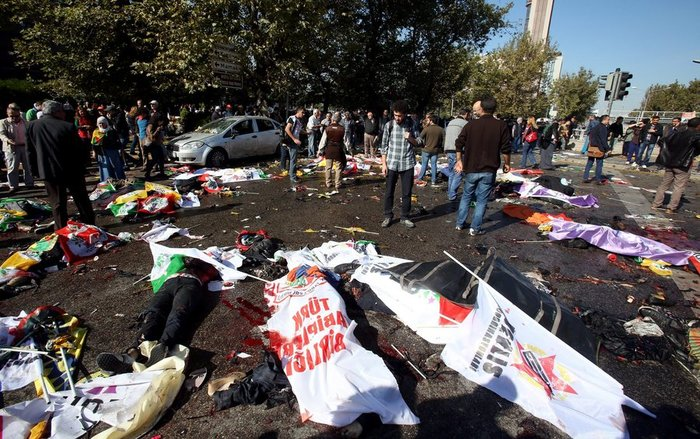 Μακελειό από έκρηξη στην Τουρκία, 95 νεκροί, 48 χαροπαλεύουν - εικόνα 3