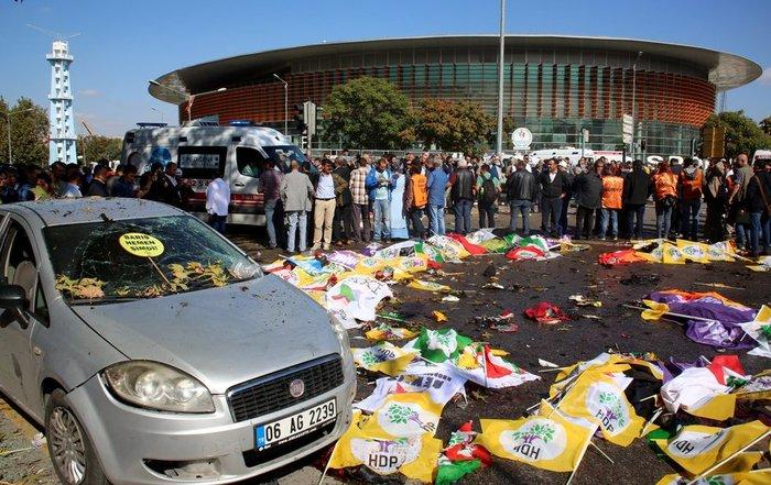 Μακελειό από έκρηξη στην Τουρκία, 95 νεκροί, 48 χαροπαλεύουν - εικόνα 5