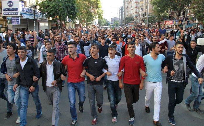 Βαρύ πένθος στην Τουρκία, 95 οι νεκροί - 48 χαροπαλεύουν - εικόνα 3