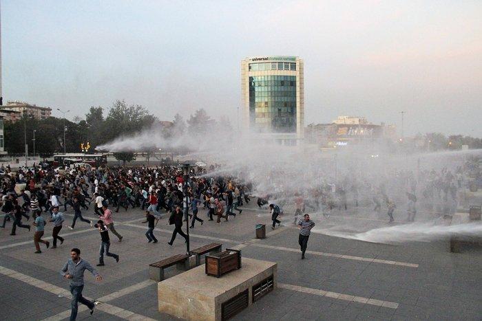 Οργή λαού για το μακελειό στην Αγκυρα.Τι θα κάνει ο Ερντογάν - εικόνα 3