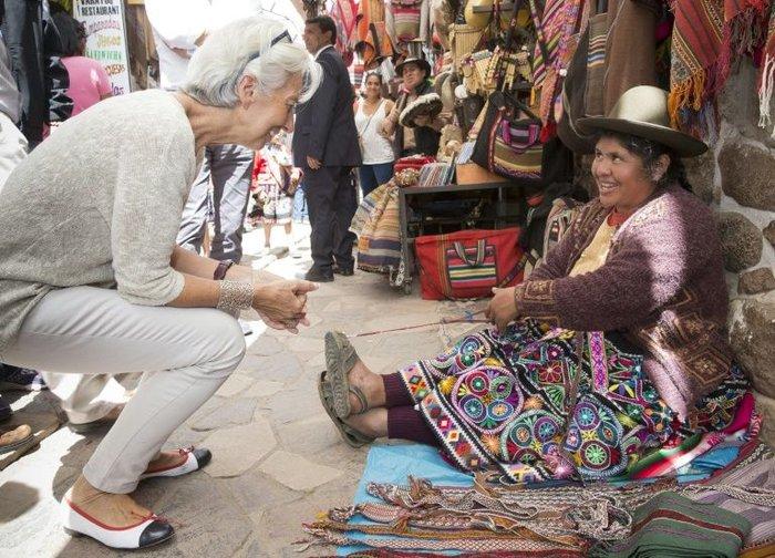 Δείτε τον «διαβολεμένο χορό» της Λαγκάρντ στο Περού - εικόνα 2