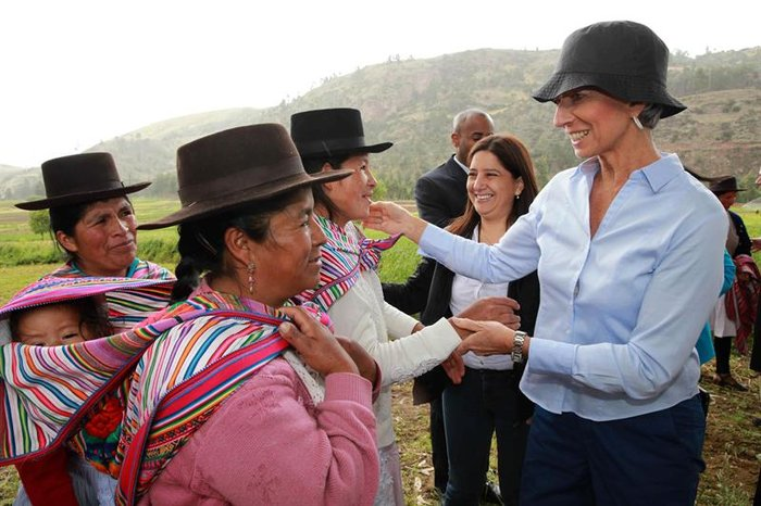 Δείτε τον «διαβολεμένο χορό» της Λαγκάρντ στο Περού - εικόνα 6