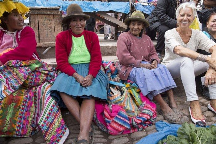 Δείτε τον «διαβολεμένο χορό» της Λαγκάρντ στο Περού - εικόνα 8