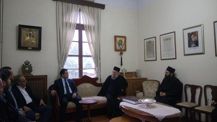 Ο Αδωνις κάνει προεκλογική εκστρατεία στο... Άγιο Όρος