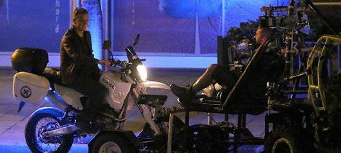 O Ματ Ντέιμον έκλεψε μοτοσικλέτα της Ελληνικής Αστυνομίας [φωτό- Βίντεο]