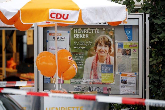 Κολωνία: Μαχαίρωσαν υποψήφια δήμαρχο σε προεκλογική βόλτα - εικόνα 3