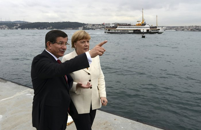 Το παζάρι Μέρκελ-Ερντογάν & οι κίνδυνοι για την Ελλάδα - εικόνα 2