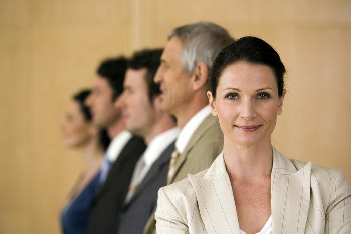 Οι άνδρες νιώθουν απειλή από τις... έξυπνες γυναίκες - εικόνα 2