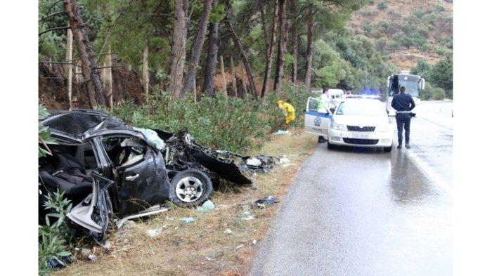 Ενας νεκρός σε σφοδρή σύγκρουση τουριστικού λεωφορείου στην Κρήτη (φωτο) - εικόνα 2