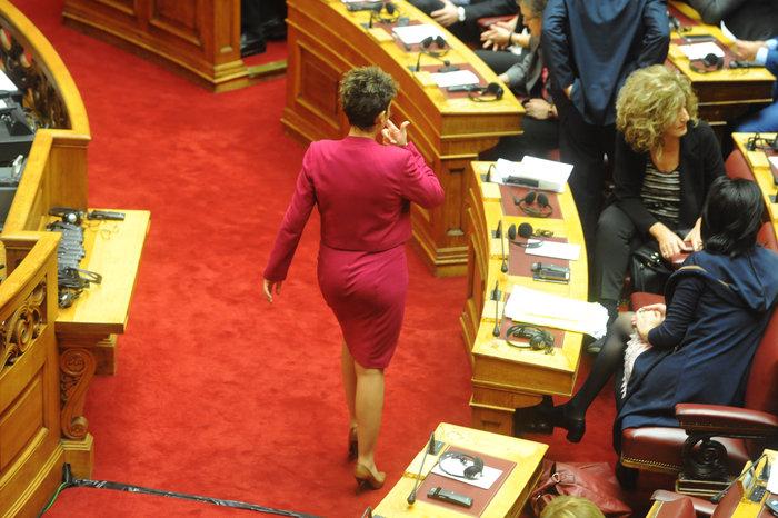 Η Βουλή περίμενε μιάμιση ώρα τον Ολάντ - εικόνα 8