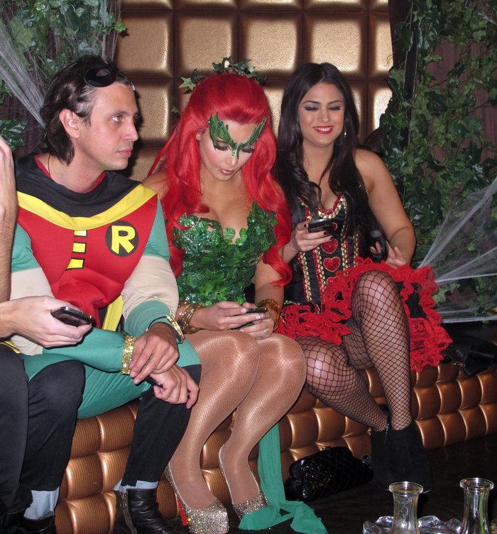 Ποια είναι η αγαπημένη στολή της Κιμ Καρντάσιαν για το Halloween; - εικόνα 4