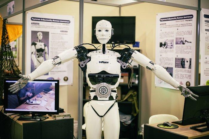 Ο 15χρονος Ελληνας μαθητής που κατασκευάζει ανθρωποειδή ρομπότ - εικόνα 4