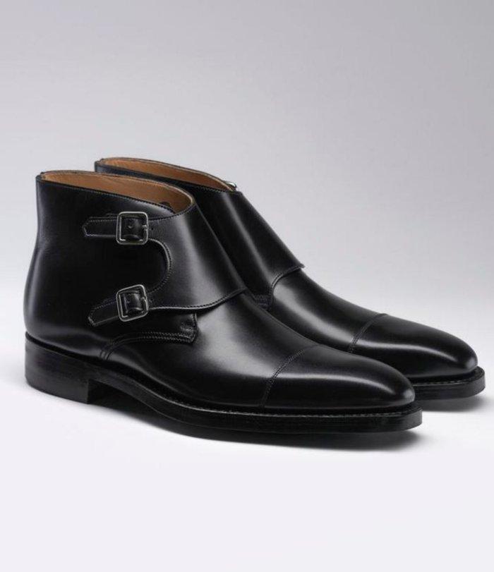 Οι 'Camberley' black calf μπότες από τον οίκο μόδας Crockett & Jones (£460)