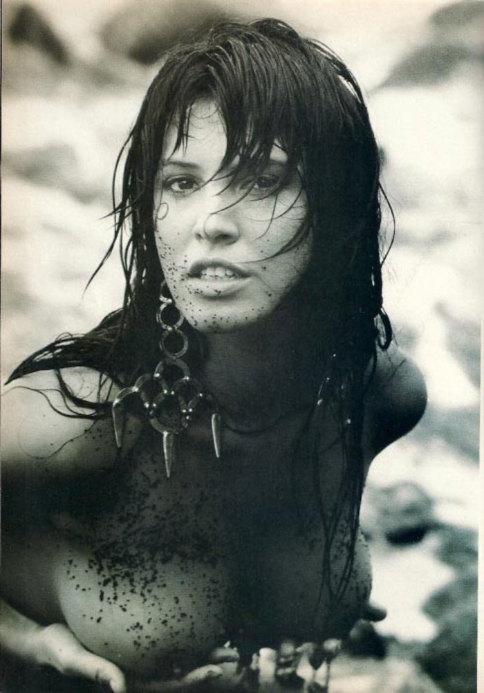 Βάνα Μπάρμπα: Ντρέπομαι για τις γυμνές φωτογραφίσεις που έχω κάνει... - εικόνα 2
