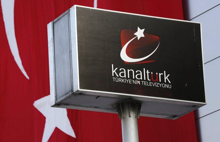 Εισβολή της τουρκικής αστυνομίας on air σε δύο τηλεοπτικά δίκτυα - εικόνα 5