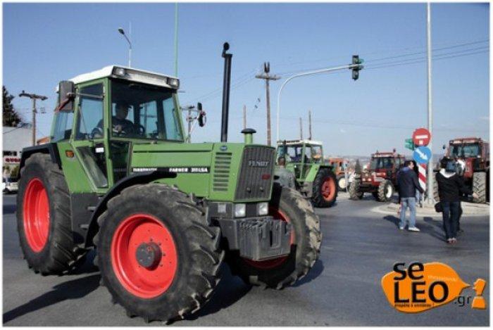 Από τα μπλόκα κατεβαίνουν στην Αθήνα οι αγρότες - εικόνα 2