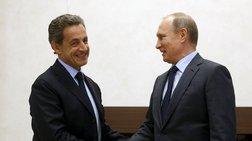 politiki-thuella-sto-parisi-gia-tin-episkepsi-sarkozi-sti-mosxa