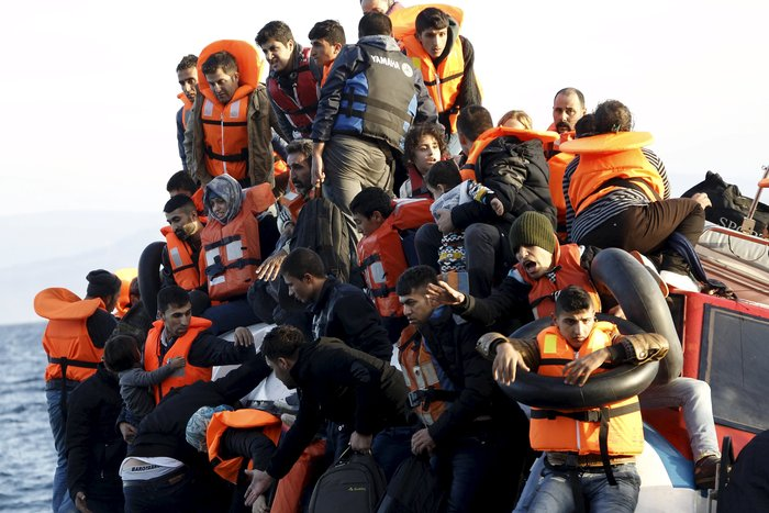 Υγρός τάφος το Αιγαίο για 100 νεκρά προσφυγόπουλα - εικόνα 16
