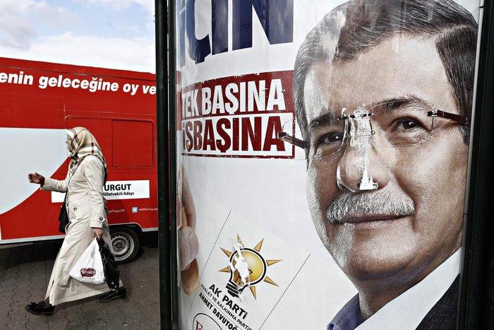 Τουρκία: Δεν δίνουν αυτοδυναμία οι δημοσκοπήσεις εν όψει των εκλογών