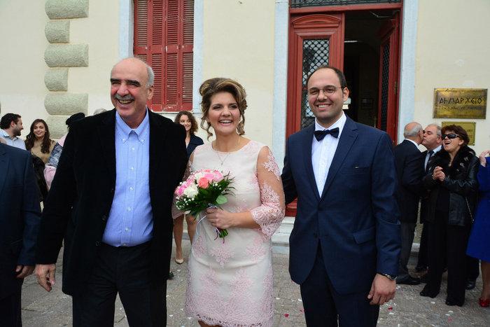 Η selfie του Μεϊμαράκη με τη νύφη στο Ναύπλιο