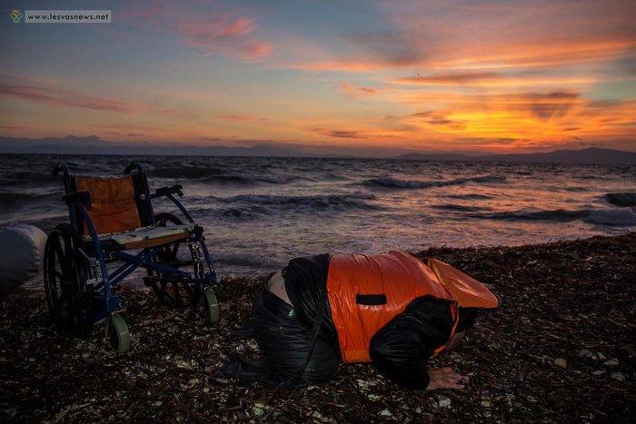 Η σωτηρία & και η προσευχή πρόσφυγα που δεν είχε πόδια