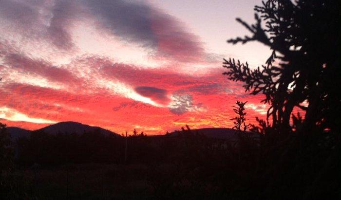 Οταν ένας ουρανός - πίνακας ζωγραφικής σκέπασε την Αθήνα [Εικόνες] - εικόνα 8