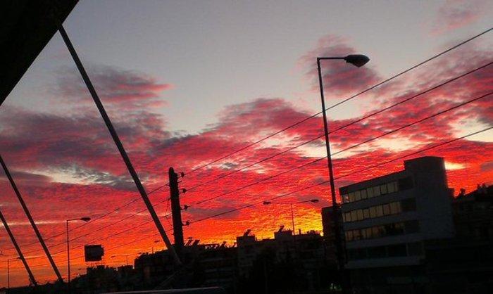 Οταν ένας ουρανός - πίνακας ζωγραφικής σκέπασε την Αθήνα [Εικόνες] - εικόνα 19
