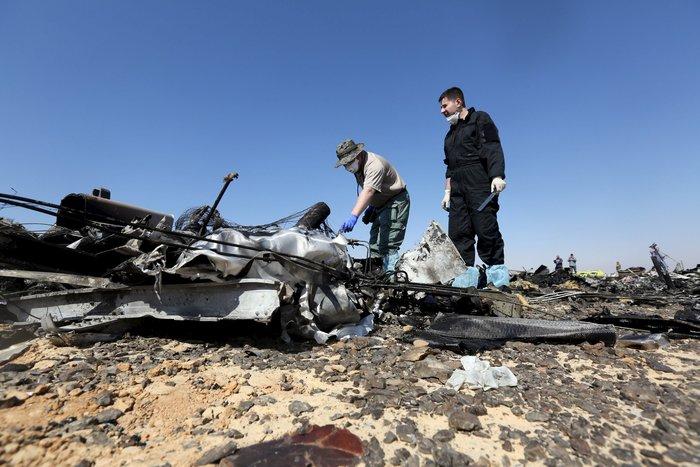 Ενισχύονται τα σενάρια για έκρηξη βόμβας στο Ρωσικό Airbus