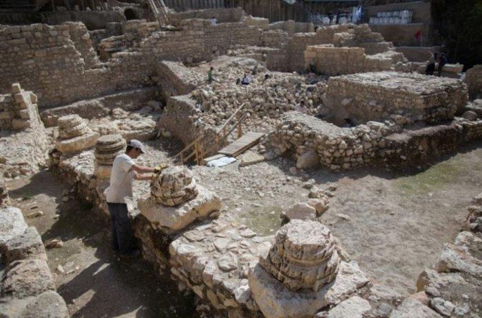Στο φως η ακρόπολη του Βασιλιά Αντιόχου στην Ιερουσαλήμ - εικόνα 6