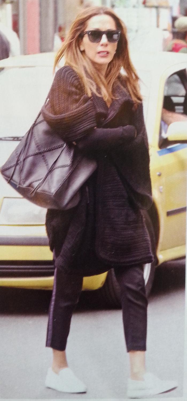 Κάντο όπως η Μπέκαμ: Η Δέσποινα Βανδή είναι επίσημα σχεδιάστρια μόδας - εικόνα 5