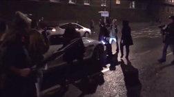 O oδηγός Aston Martin 100.000 λιρών χτυπά φωτογράφο στο Λονδίνο